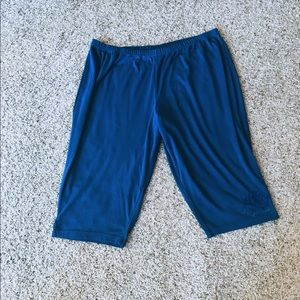 Catherine's Essentials blue crop pants